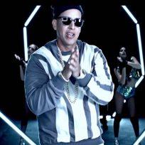 """Daddy Yankee estrena el video de """"Not a Crime"""" (No Es Ilegal)"""