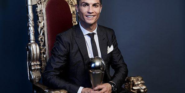 Cristiano Ronaldo es nombrado por FIFA el mejor futbolista del año