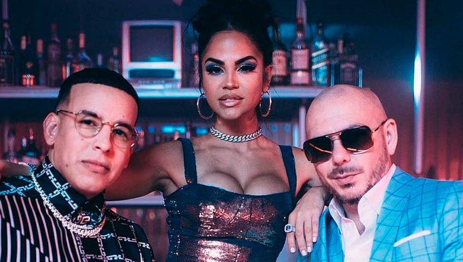 "Pitbull revela el nuevo videoclip del tema""No lo trates"", junto a Daddy Yankee y Natti Natasha"