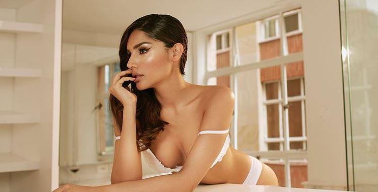 ¡Muy sensual! Así poso Laura González para la revista Soho