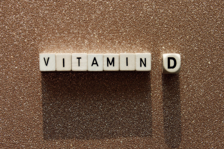 Personas con más vitamina D en el cuerpo pueden sobrevivir al covid-19
