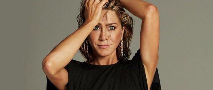 Jennifer Aniston subastará una foto desnuda para ayudar a los más afectados por la COVID-19
