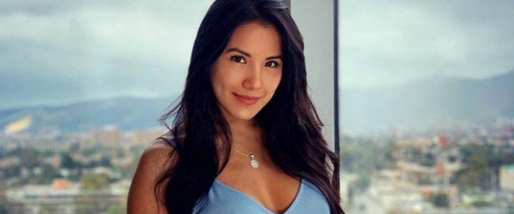 Actriz de 'Las muñecas de la mafia' encendió las redes luciendo un diminuto bikini