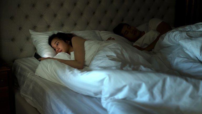 Si no duermes, no eres feliz: estudio lo confirma