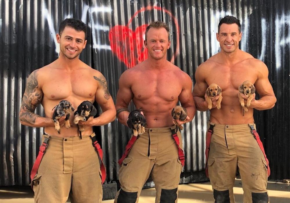 Conocidos como 'los bomberos sexis', hombres se desnudan por una buena causa