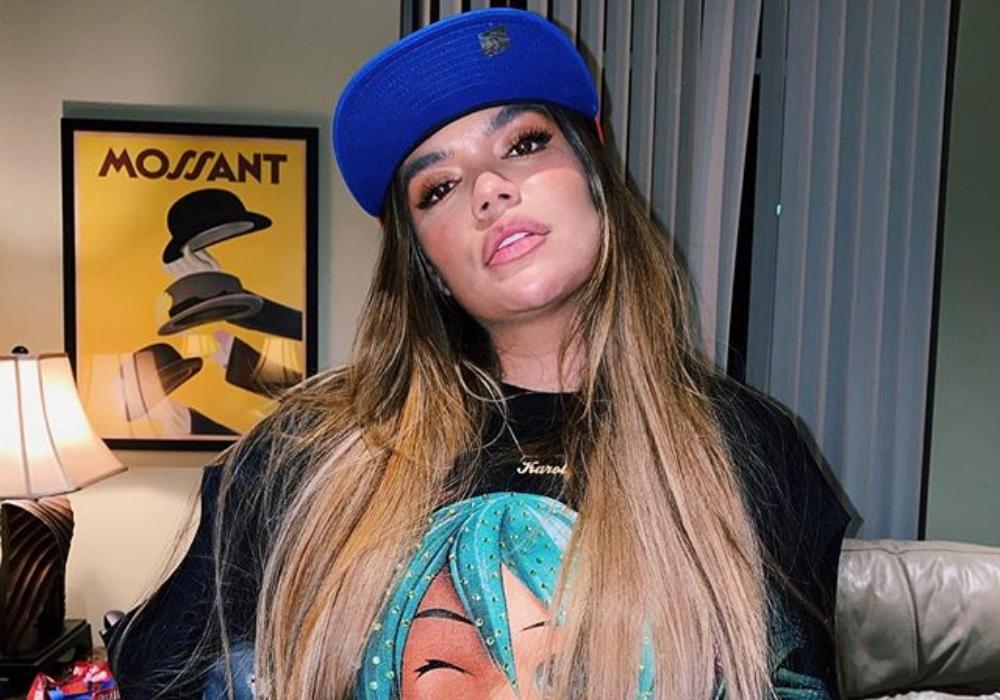 Karol G anuncia su nueva canción y revive la polémica por el significado de la palabra 'bichote'