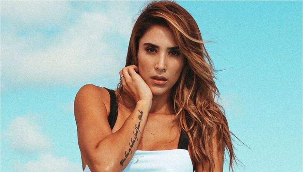 Daniela Ospina presumió sus tonificadas piernas en bikini