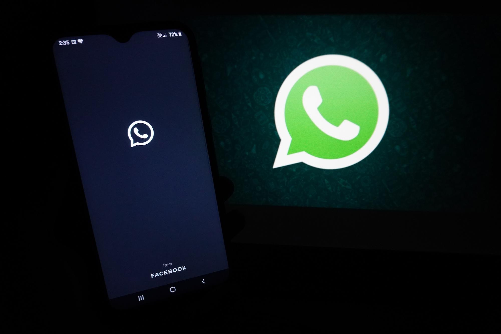 Modo Superoscuro de WhatsApp